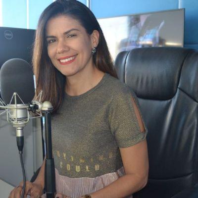 Julie Correia